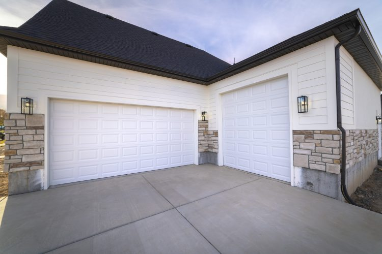SINGLE CAR GARAGE VS. DOUBLE CAR GARAGE COST – WHAT IS THE DIFFERENCE?